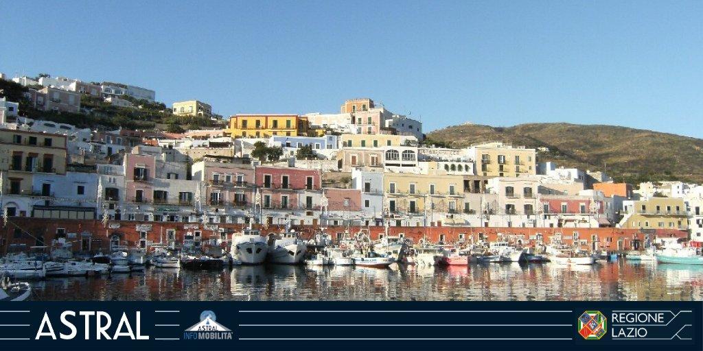 #TRASPORTOMARITTIMO  A partire da domani #4luglio nuovi collegamenti: #Ponza - #Napoli #Circeo - #Ponza  info http://bit.ly/2NOrfNk  @Latina_Oggi @ferpress @FaroGuardia @PonzaTravel @litoralepontino @iPonza_it @GazzettinoGolfo  @gazzettatrasp #pendolariLAZpic.twitter.com/YVZp7FmyPf