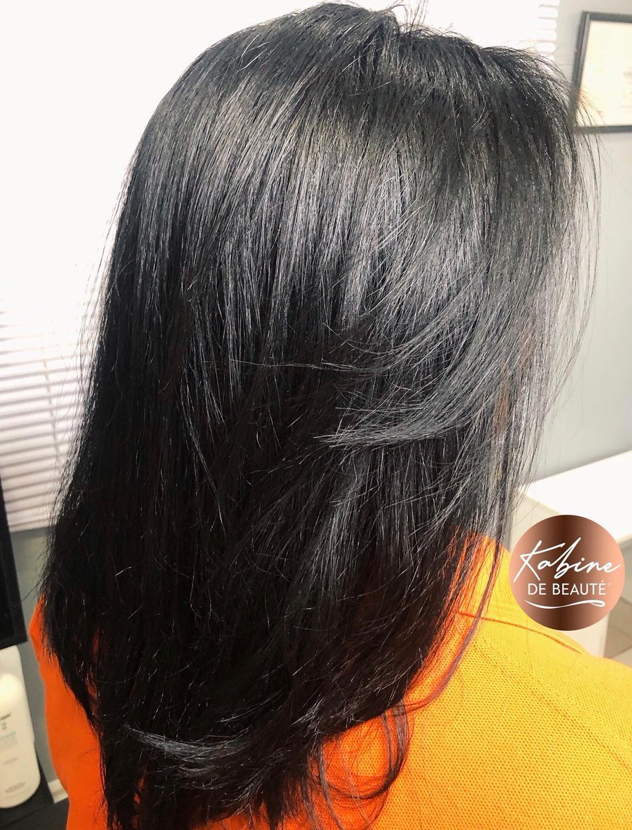 Light as a feather 👌🏽😍 SILK PRESS on natural hair, NO CHEMICALS used!🙅🏽♀️Before & after  _ 📞 1 (868) 743-9500  Located in Woodbrook, Port- of- Spain ✔ Parking Available _  #Kabinedebeaute #silkpress  #hair #haircare #naturalhair #curlyhair #curls #natural #healthyhair