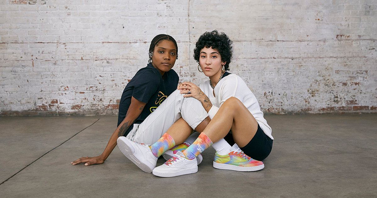 This season, Reebok is donating $75k globally to the It Gets Better Project to give back to the LGBT+ youth community - it's just a bonus that the shoes are dreamy colour-pop goodness. https://t.co/CI5Mk1NPwE https://t.co/PkocnnKq1c