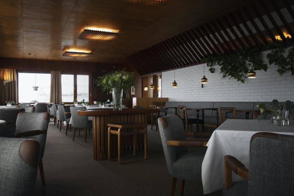 Интерьер ресторана Savoy в Хельсинки.   #интерьер #дизайн pic.twitter.com/PPylizWjNJ