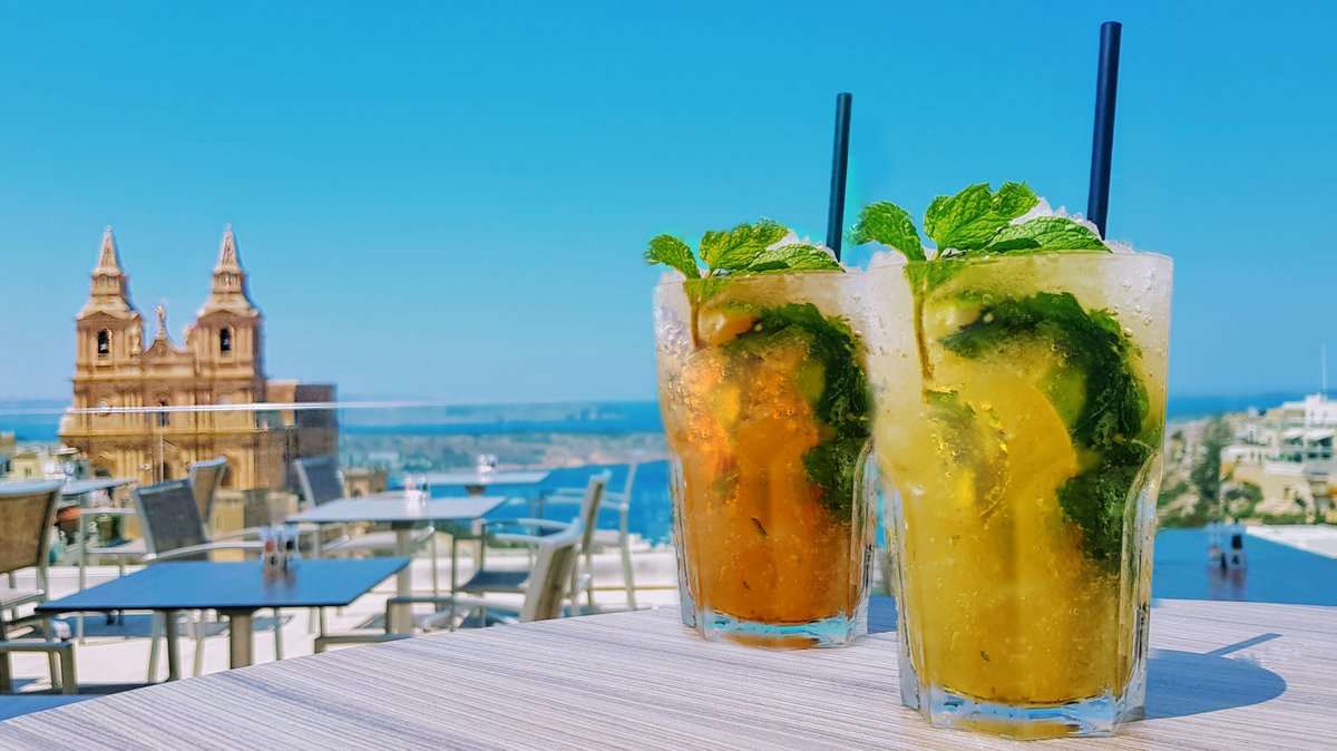 A Beautiful view soon to be enjoyed together with your favorite Drink 😍🍹  #summer #amazing #views #refreshing #drinks #maritimmalta https://t.co/nRPaPk1Zuj