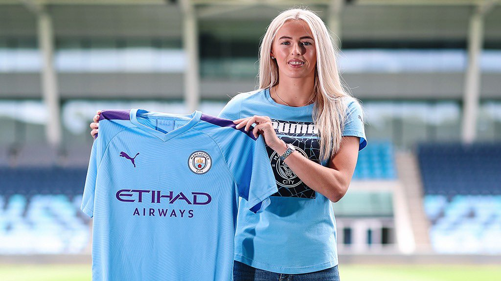 Delighted to be a @ManCity Player 🙌🏻  I cant wait to get going & help drive our clubs ambitions forward 💙 Thank you to my Family & my team at @pantherasports for giving me the support over the years to help make this dream move possible 📝 🐆 FORWARDS 🙌🏼 https://t.co/QWg0dBc742