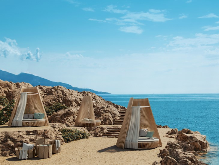 "The ""Hut"", designed by Marco Lavit for @Ethimo  Ethimo and Marco Lavit reinterpret large outdoor spaces with ""Hut"", a new dimension of comfort capable of giving new sensations of warmth and ""protection"". #madeinitaly #design #architecture #outdoors #luxury #lifestyle #wood"