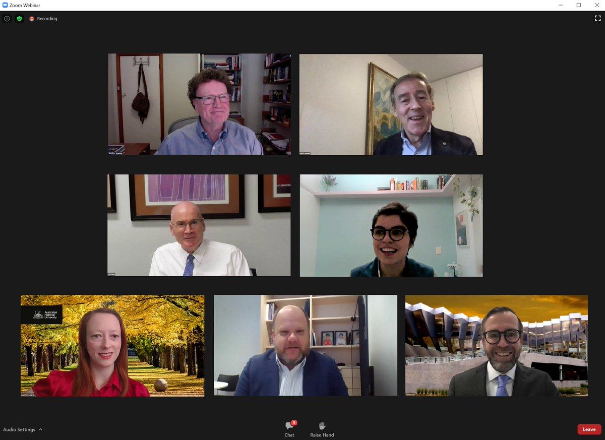"""A Embaixada teve o prazer de trabalhar com a @ourANU para realizar nossa Australia-Brazil Alumni Conferência de Liderança online! Tivemos fantásticos apresentadores e tópicos. Participei do webinário """"Liderança em Diplomacia"""" nesta semana – um tema essencial em cooperação global. https://t.co/IOivFBn90t"""