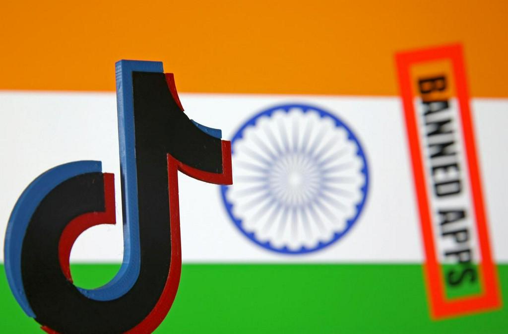 Indian video-sharing apps surge in popularity on TikTok ban https://t.co/blsFGD5bL9 https://t.co/N3njbVKQDf