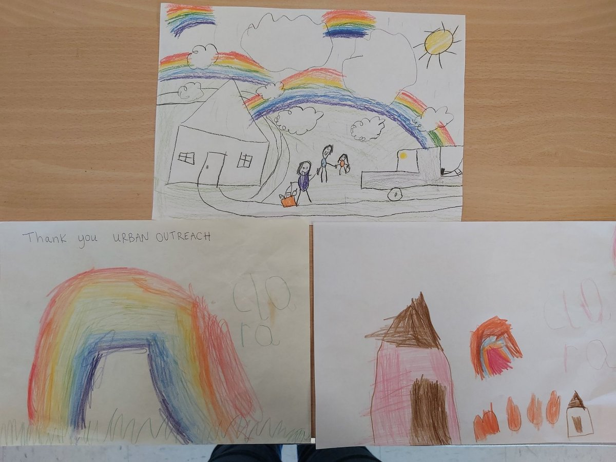 Were feeling the love today with so many donations! A lovely family even made these beautiful pictures to go with their donations (and extra treats for volunteers!) 🥰 we are so grateful to you all!