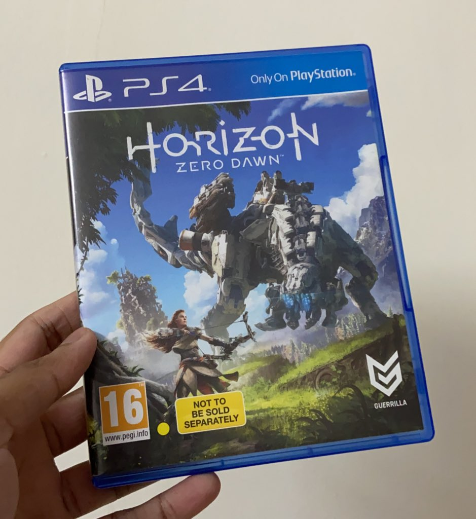Horizon Zero Dawn is coming to PC on 7th August. Anyone wants my PS5 version? 🥳 (Also, what's with PS games offloading on PC at the end of their shelf life, for more sales?, Even death Stranding is coming to PC. Maybe it's a @Guerrilla games thingy, both are on the same engine) https://t.co/UZUffi6H6g