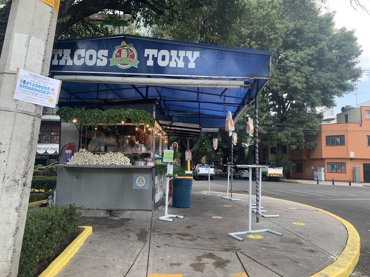 Hola Tony... Todo va a estar bien... 🥺🥺🥺🥺 https://t.co/fgnHbB4NJC https://t.co/i82UqVqOwr