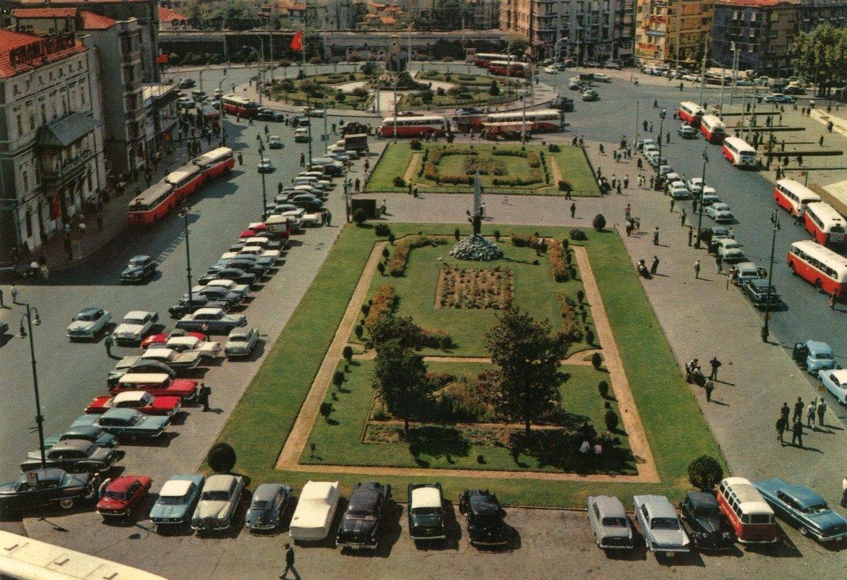 Taksim, 1968 https://t.co/UM8VdqIk0p