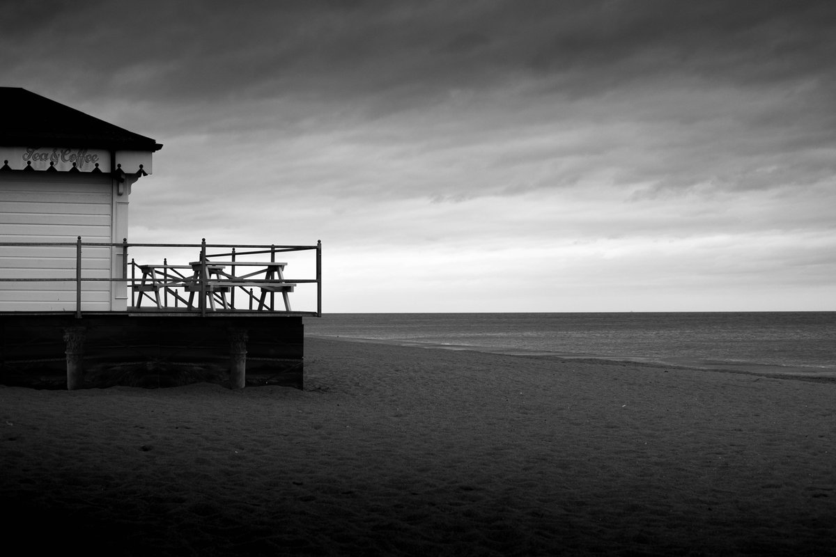 A pleasantly deserted Ingoldmells today   #monchrome #blackandwhitephotography #fujifilm #fujifilm_xseriespic.twitter.com/RVTRJs28s9