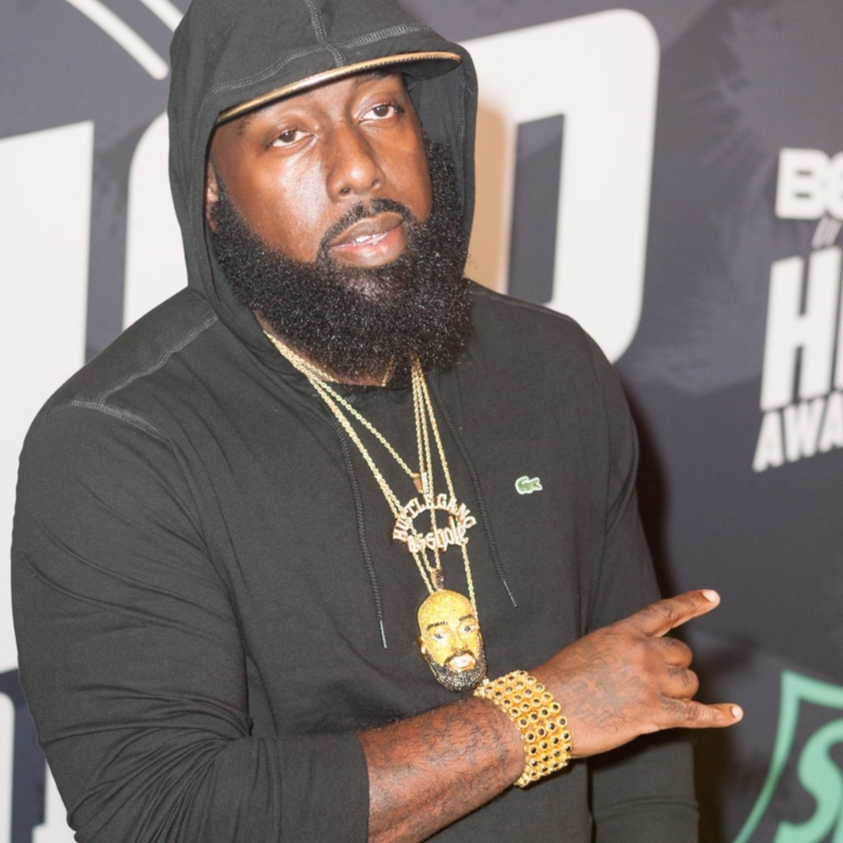 Happy Birthday goes out to #TraeThaTruth! Comment your favorite song of his below! 👇🎂🎈 @TRAEABN https://t.co/TzNAFaSwIa