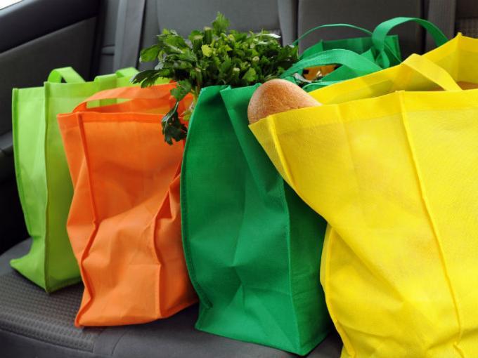 Las bolsas de plástico tardan más de 500 años en descomponerse. Recuerda hacer tus compras con bolsas de varios usos.  #DiaInternacionalLibreDeBolsasDePlastico  #MXdelFuturo verde https://t.co/5nudrSZLcF