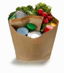 Se estima que cada persona gasta en promedio unas 230 bolsas de plástico al año. Evita su uso.  #DiaInternacionalLibreDeBolsasDePlastico  #MXdelFuturo verde https://t.co/AHOrwk85EN