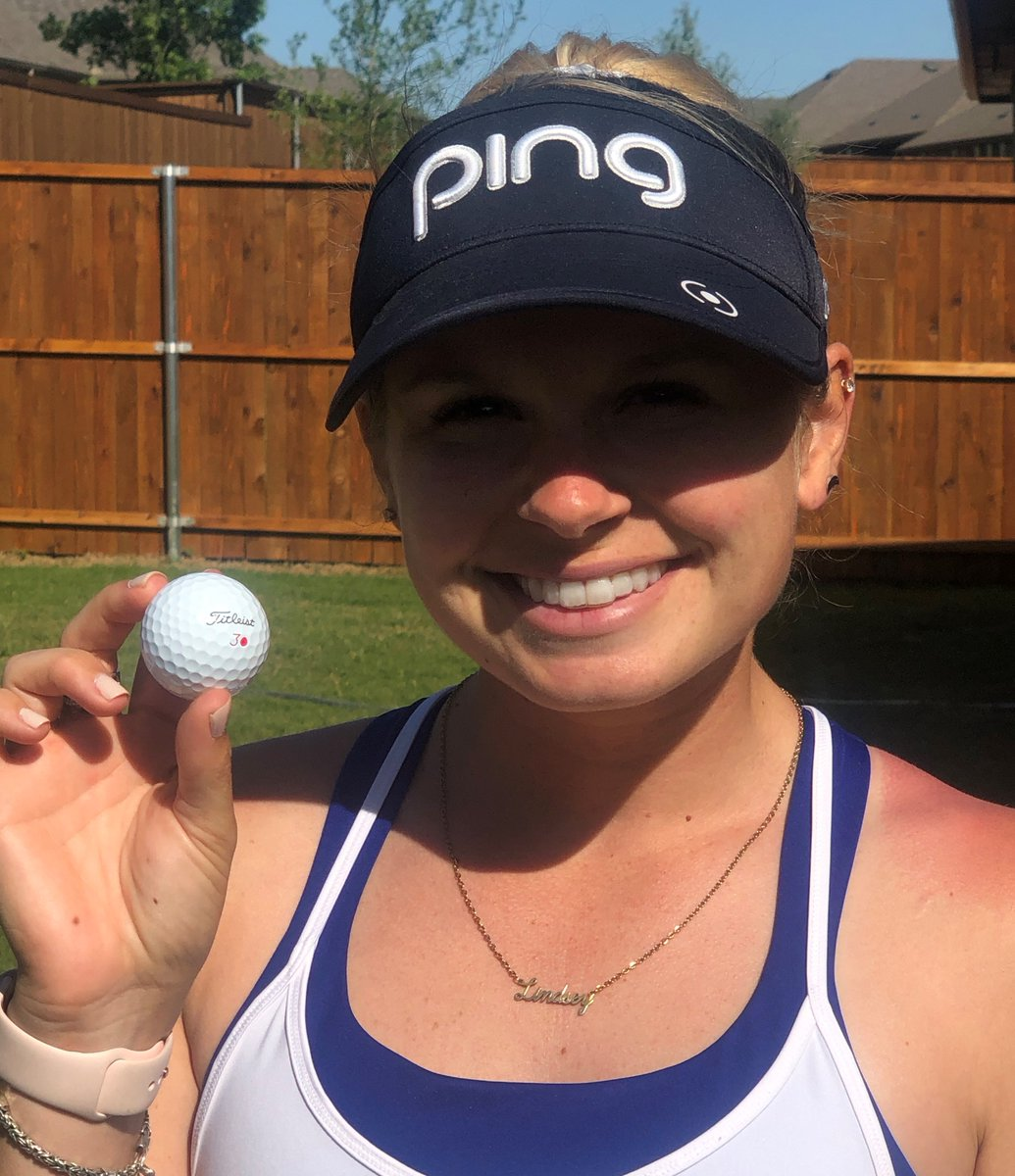 The possibilities are endless. 💯   @Lindseykweaver marks her @Titleist with a simple red dot!  How do you mark your ball?  #TeamTitleist https://t.co/q0qbCOQ9um
