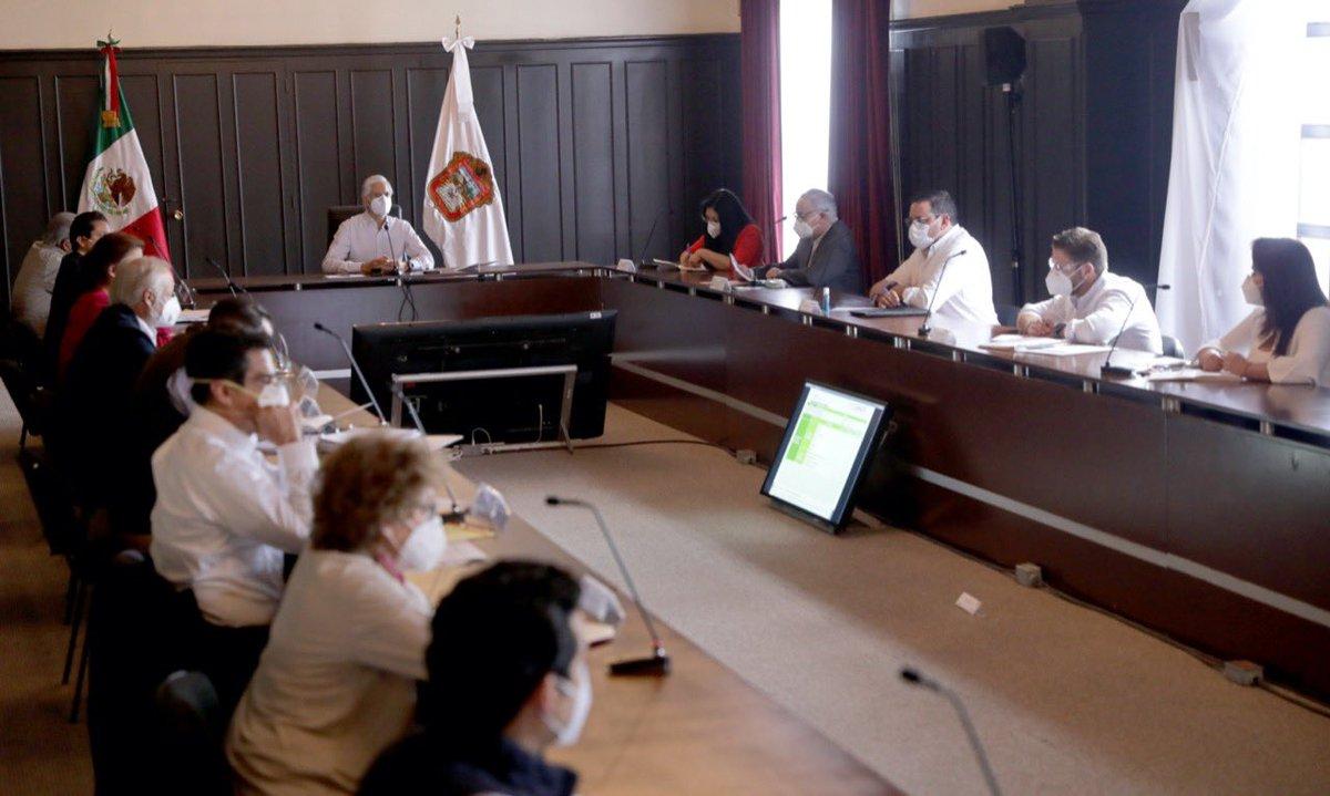 RT @alfredodelmazo: Reunión de Gabinete para preparar el #RegresoSeguroEdoméx. https://t.co/yRR35jNtTP