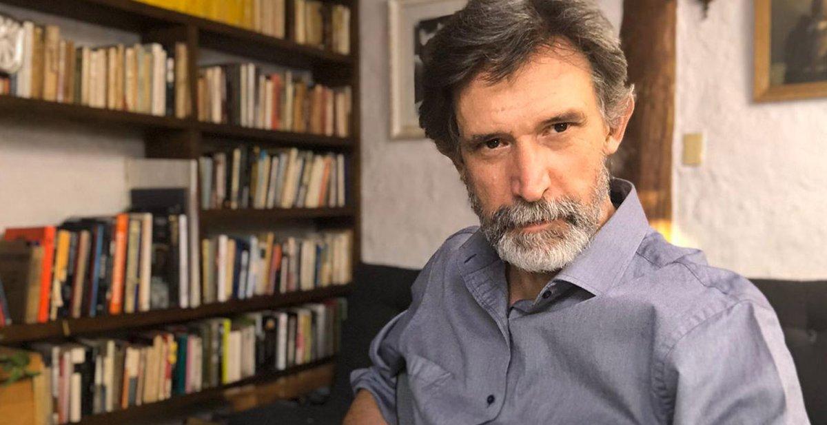 "Francisco Melo contó que ""terminaba llorando"" después de leer algunos capítulos de #HistoriasdeCuarentena >> https://t.co/jhxlQYrkQV https://t.co/1Uv8JvUavf"