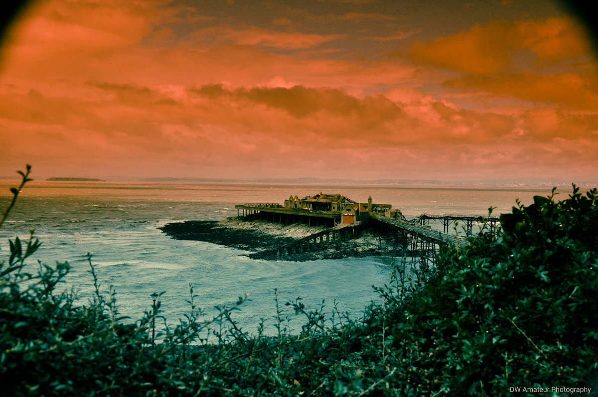 Used a filter lense for the sky colour change   #nikon #D90 #photography https://t.co/fftfHEEeRj