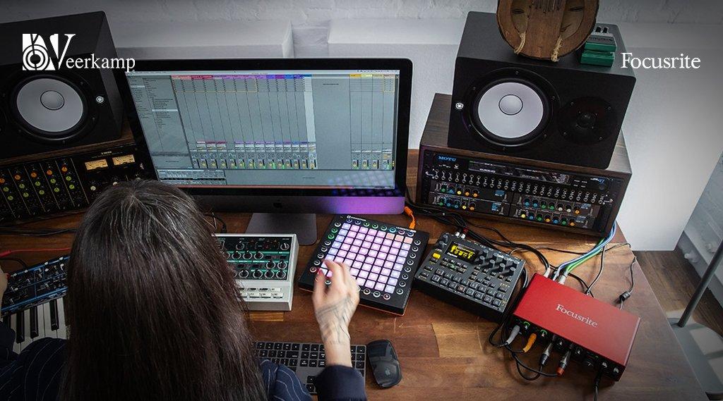 ¿Estás creando tu Home Studio? 🧐   👉 Lo que NO puede faltar es una interfaz de audio @WeAreFocusrite. 🎹🎤🎧  📍 Checa las que tenemos disponibles en Veerkamp Online:  https://t.co/m8ORCT0K2p   #WeAreFocusrite 🎶 #JuntosHaciendoMúsica 🎶 https://t.co/0IRJfyXC30