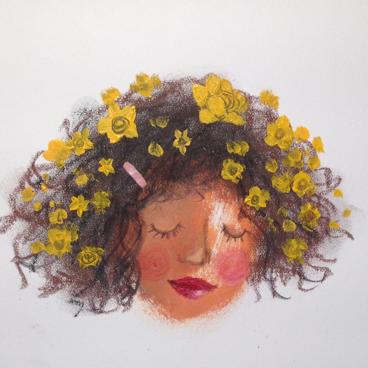 Wear some #FiligreeGold flowers in your hair to remember the sunshine 🌞 #colour_collective @Clr_Collective
