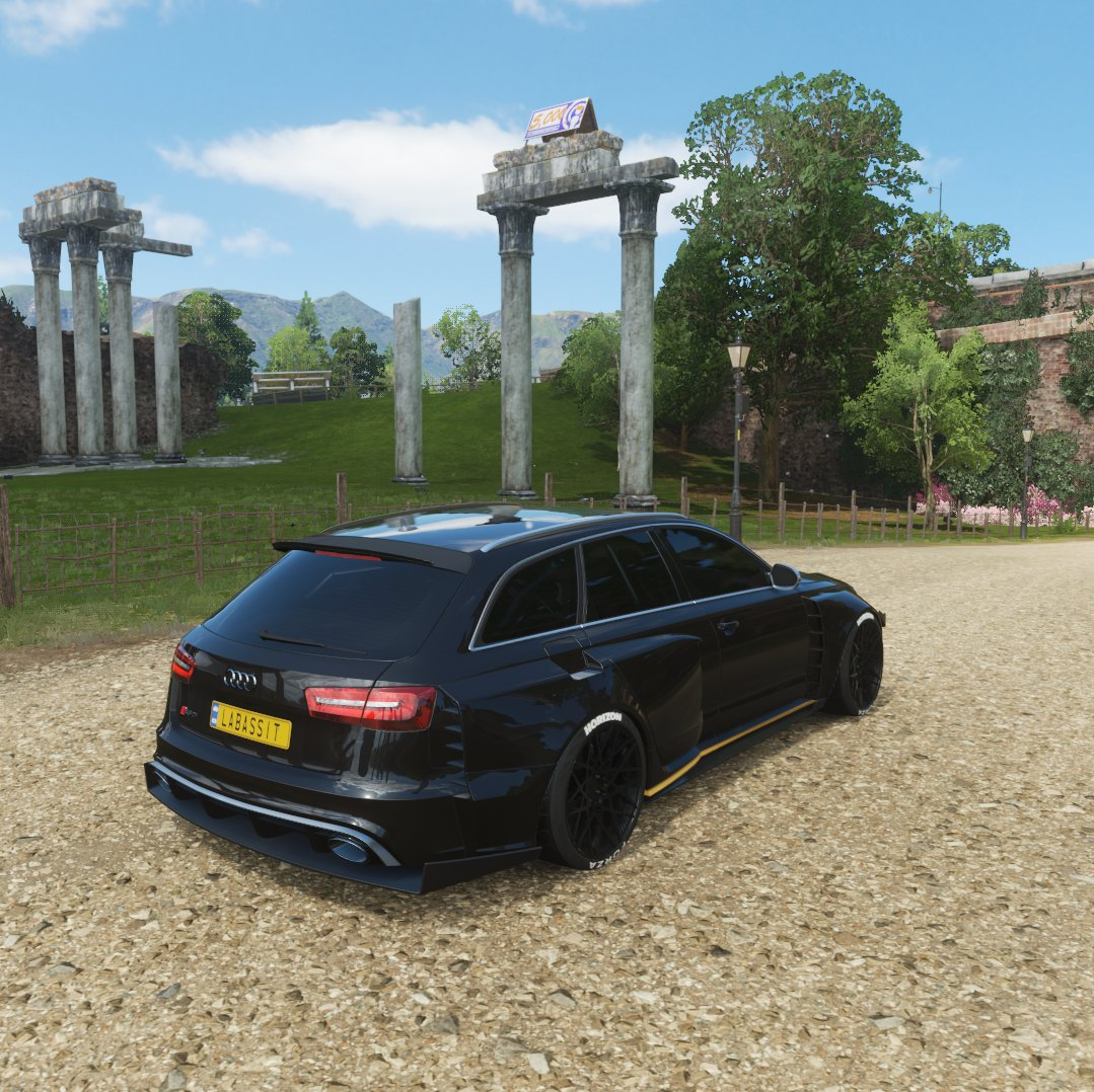 #forzahorizon4 #drive #Audi  #blackcars #tsrs #FH4 #virtualphotography #RS6  Don't forget to follow for more content !pic.twitter.com/5HgyqSjhdW