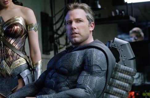 Ben Affleck de volta como Batman? Entenda os rumores sobre o retorno do ator ao universo DC https://t.co/ZkB3PGcG3s https://t.co/y0Bxu7FlUi