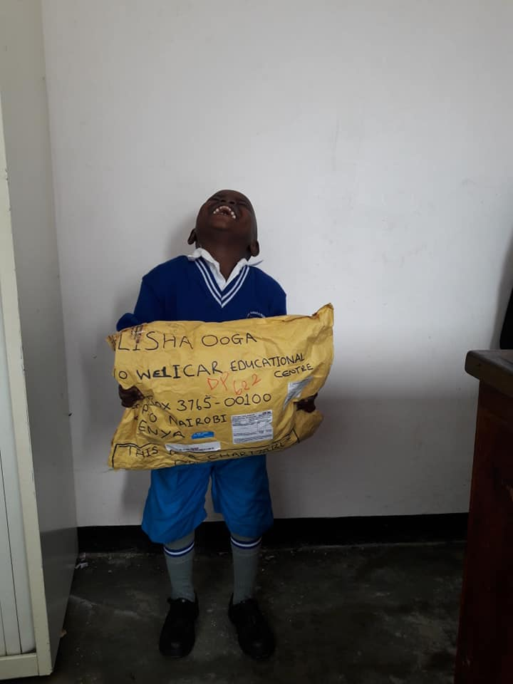 Calton is one of our pupils sponsored recently . Today he received a gift from his kind sponsor , Kim Andy Wallace. Smiles on his face could tell it all!! #TogetherWeMakeAdifference  #ChildSponsorship #Partnerwithus #JoinUs #ContactUs<br>http://pic.twitter.com/sQXL5oOpKK
