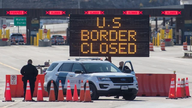 JUST IN: Mexico closes border in Arizona as coronavirus cases in both countries surge https://t.co/9rXrzTkC4w https://t.co/41ss2eCbXi