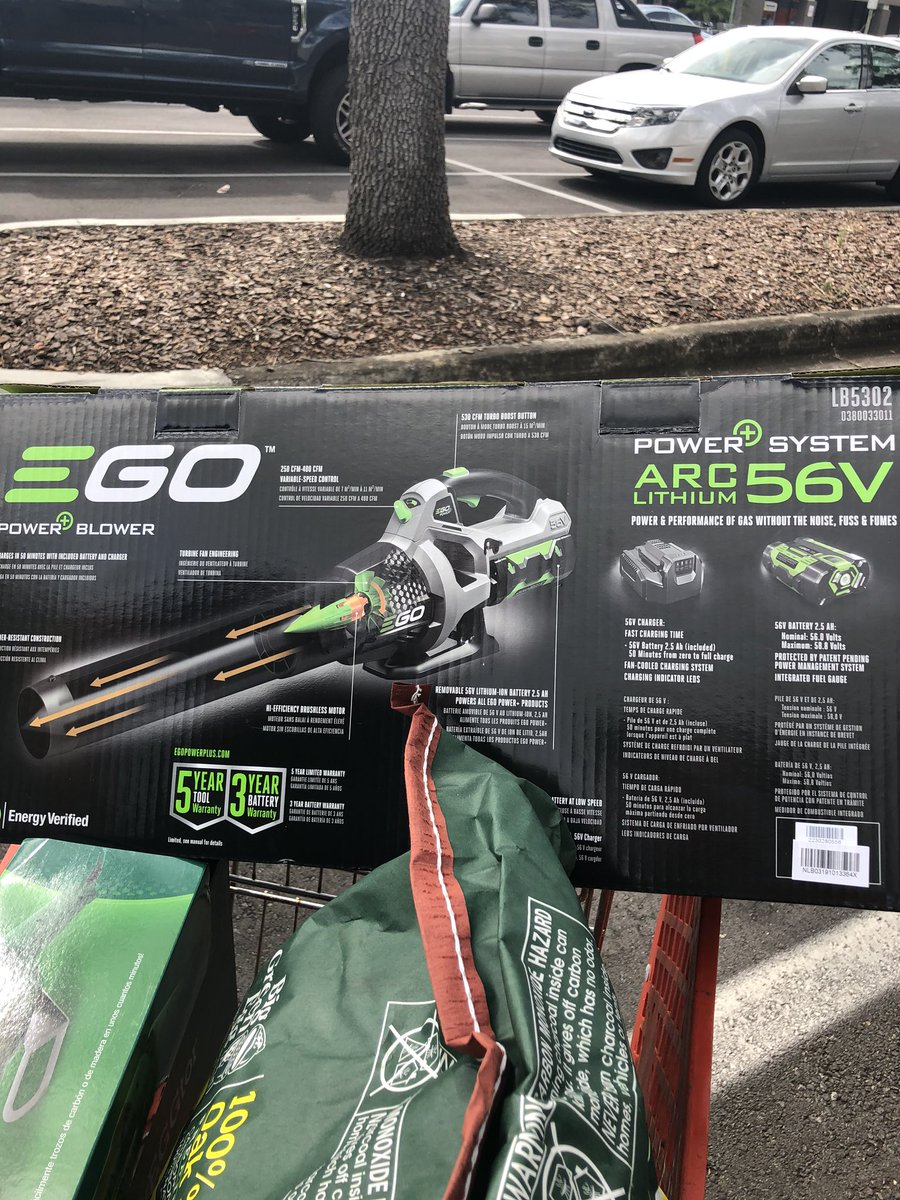 So went @acehardware got me a sweet blower, I told @RealJakeHager I get to shoot him in the face with it since he got fined 🤬