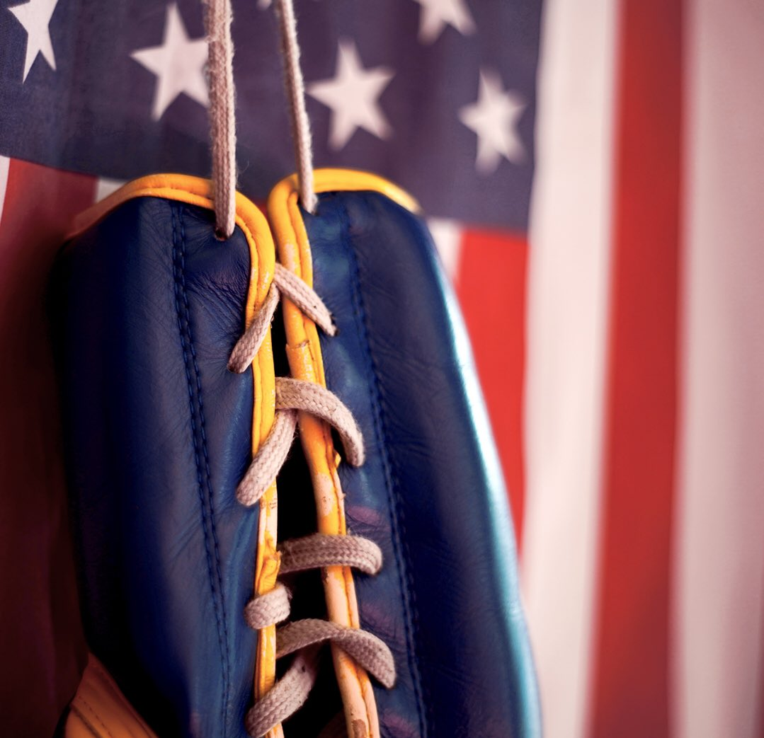 🇺🇸 Lace up, show up, and never ever give up!!! Hope everyone has a safe and awesome weekend!  https://t.co/piQMcSqsIn  #Revgear #fridayvibes #independencedayweekend #americandream #MadeintheUSA https://t.co/m8xffTi20y