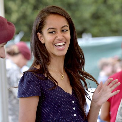 Happy Birthday Malia Obama! https://t.co/pQx1rYAVLW