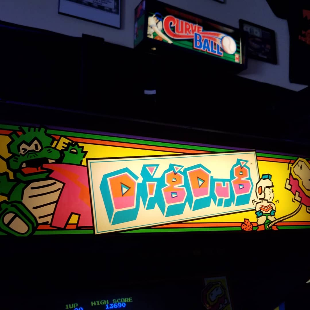 Awesome to see so many of you today already  COME join us were here till 11pm  #digdug #jambosafari #battletoads #speedracer #guitarhero #missioncraft #diehardarcade #sega #atari #princearcades #videogames #pinball #FridayVibes #4thofJuly @PrinceArcadespic.twitter.com/PAICtdHOfR