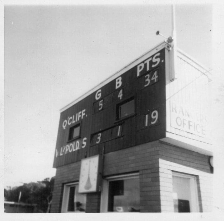 Queenscliff 6/9/75 3/4 time of U/13s @QFNC @scoreboardlifepic.twitter.com/KzUTUj8VxN