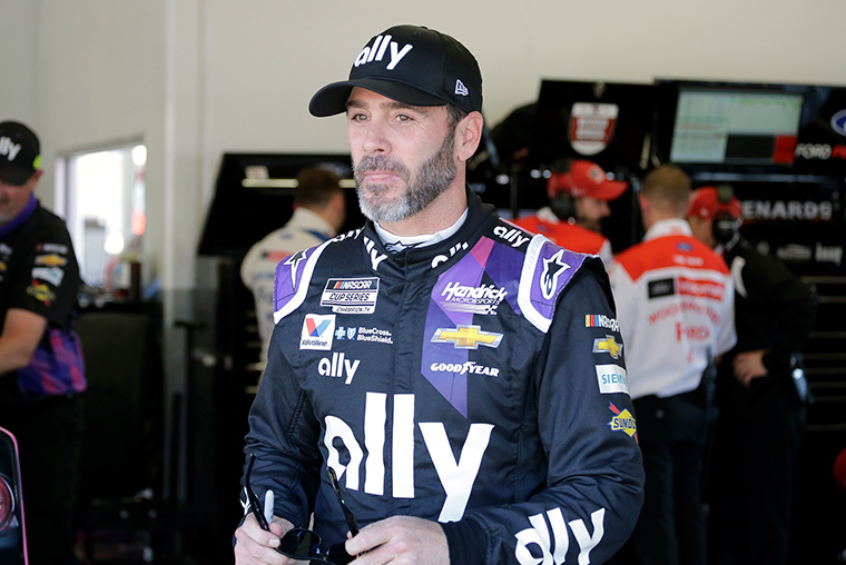 Seven-time NASCAR Cup Series champion Jimmie Johnson has tested positive for Covid-19 and will miss Sunday's race in Indianapolis, his team says https://t.co/K7m6JBDZVN https://t.co/cggFaBXWK6