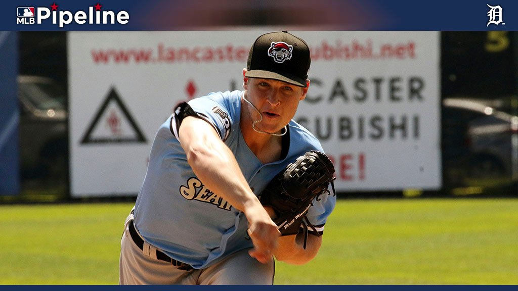 """""""Hes a really nice looking pitcher."""" #Tigers No. 2 prospect Matt Manning made a strong impression on manager Ron Gardenhire in his bullpen session at Comerica Park today: atmlb.com/2YWWGeL"""
