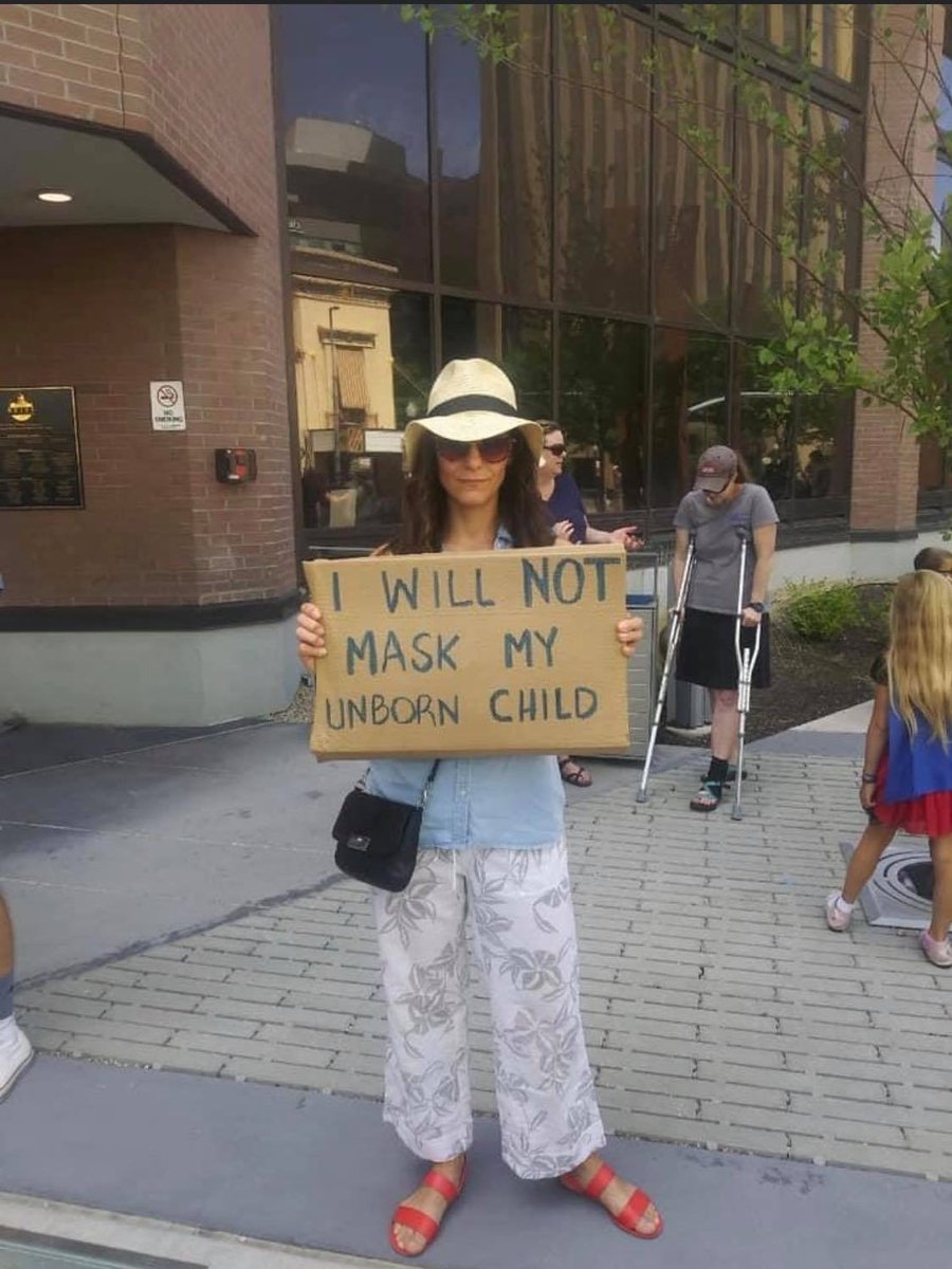 Anti-maskers protesting @boisemayor mask mandate which starts tomorrow. I don't want to mansplain to her how pregnancy works... https://t.co/dathkUjrtG