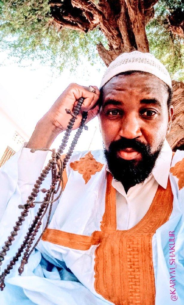 ... @karym_shakuur ... #shakuur #muslim #thanksgiving @samprod_sn #saintlouissenegal  #Ndar #traditionalwears #grand_boubou #maure #xartaani #XamNaaNiSaYoonDinaWeet https://t.co/AcsVYZUsde