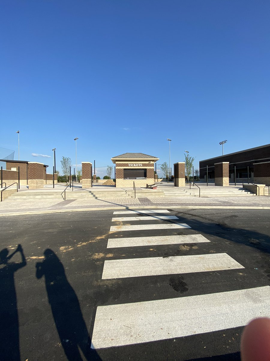 LCA Outdoor Athletics Plaza & Tennis Courts <br>http://pic.twitter.com/lBeP78ROOZ