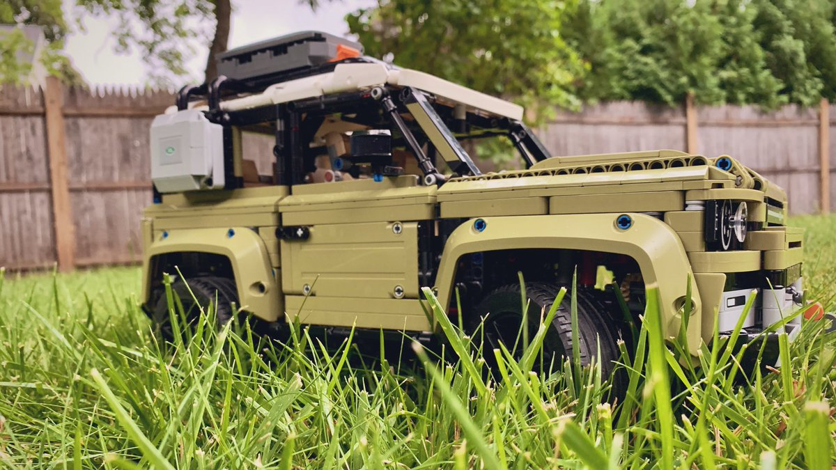 Proud owner of a brand new @LandRoverUSA  Defender. #LEGOTechnic https://t.co/r5To1TBoW0