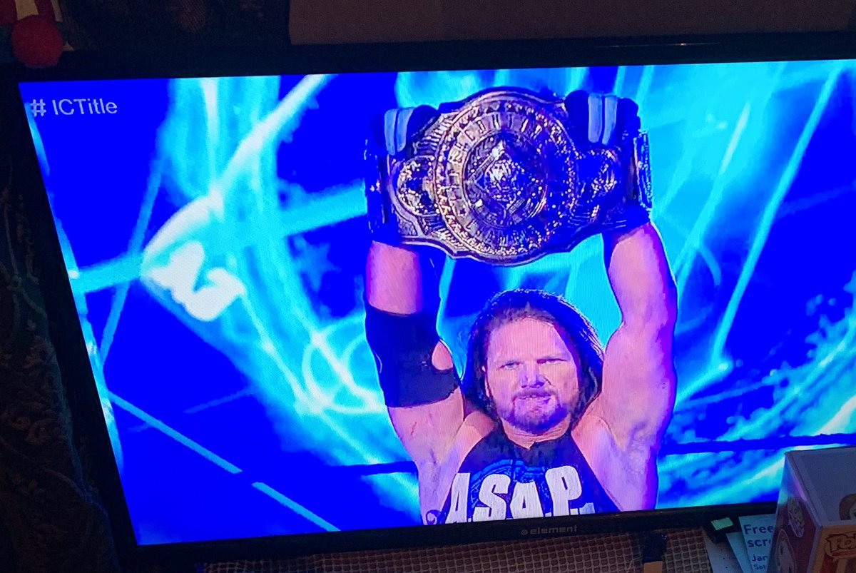 A phenomenal statement made by THE Intercontinental Champion @AJStylesOrg against Drew Gulak on #SmackDown #StillTheBest 🙌🏾 https://t.co/DSRhjAnGtn