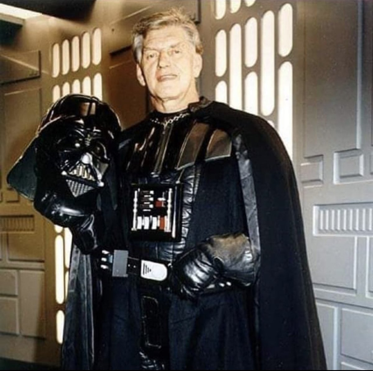Happy belated birthday to David Prowse, the man beneath the suit! Darth Vader himself. Prowse was a bodybuilder in his hobby time, that's why Vader's physique is so strong and broad. You can literally see Vader's biceps stretching the suit. July 1st 1935 (85 today) @isDARTHVADER<br>http://pic.twitter.com/nbLK8Zvi96