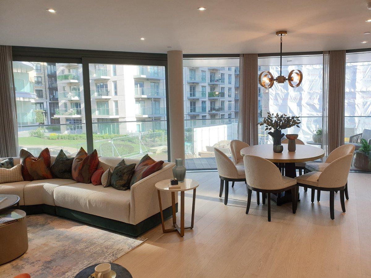Contattami per investire a Londra. #reiup #london #business #realestate #realestateinvesting #property #home #style #design #luxuryrealestate #appartamenti #rendimenti #realestateagent #investire #investimenti #londra #immobiliare #casa  #italia #affari #lusso #epocastraordinaria https://t.co/yncWlsv1fa