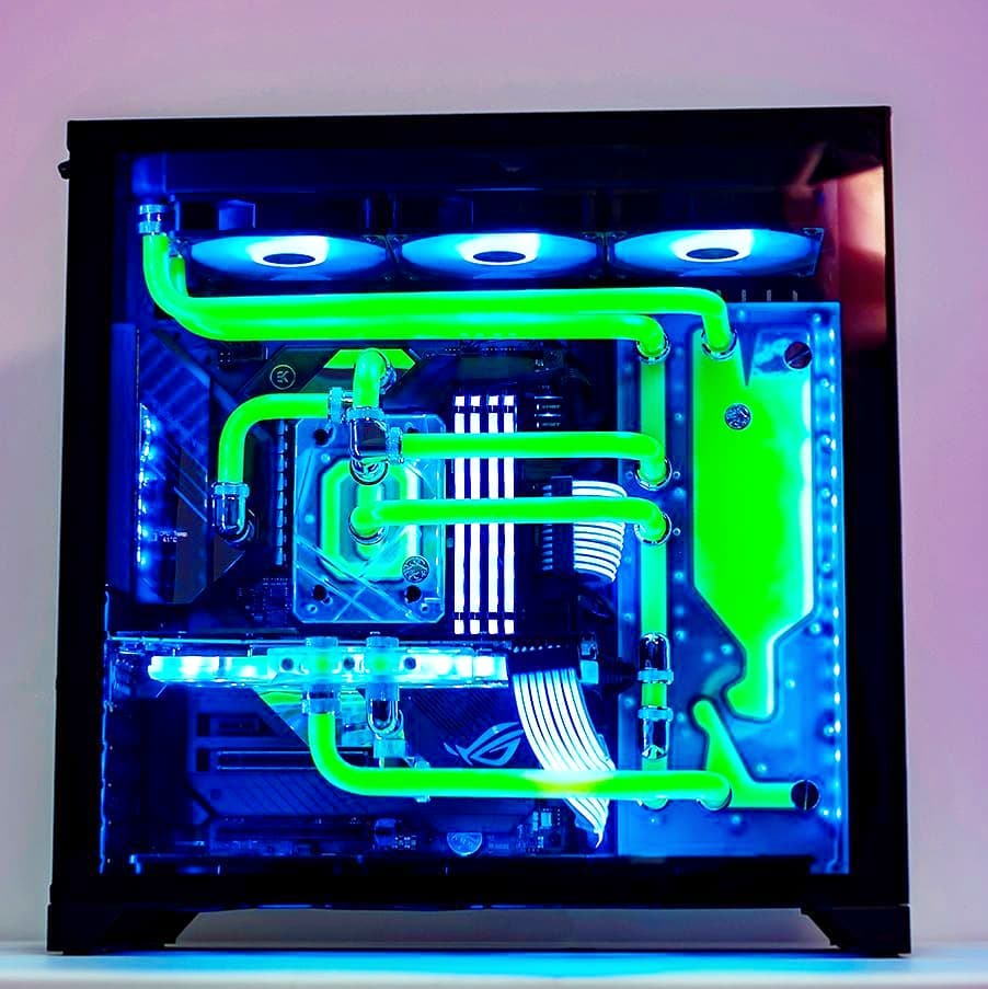 Custom open loop water-cooling Ultracore in toxic green  . Custom PCs, Built to Perfection http://www.aftershockpc.com.au . #aftershockpcau #custompc #gamingpc #extremepc #watercooledpc #gamingrig pic.twitter.com/O7lanLH3fC