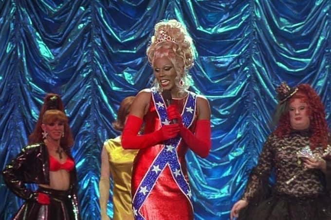 THIS is why RuPaul mass deleted. Smh. https://t.co/9IF72URRYR