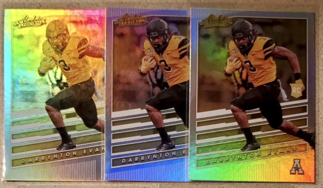 Got some of these Darrynton Evans Panini Chronicles Absolute cards.<br>http://pic.twitter.com/lDNoPbTcQy