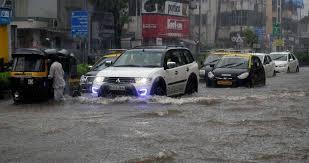 #BIGNEWS: #IMD says, heavy rains to continue in #Mumbai and coastal #Maharashtra for the second consecutive day. https://t.co/8L0PPyvCBG