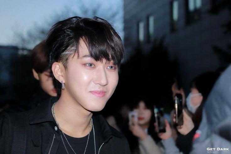 Anyone who loves Changbin's haircut back on MIROH era I guess? not sure hehe pic.twitter.com/KbV4lBURDA  by 𝑒𝓎𝒸𝑒𝑒 GO生