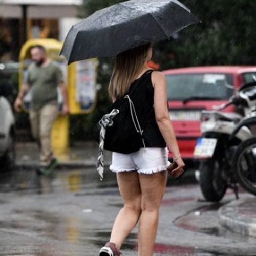 Τοπικά ισχυρές καταιγίδες στα κεντρικά και βόρεια - Υποχωρεί η θερμοκρασία: Νεφώσεις και αστάθεια σε Αθήνα και Θεσσαλονίκη το επόμενο διήμερο. Η πρόγνωση του καιρού από τον διευθυντή της ΕΜΥ Θοδωρή Κολυδά μέχρι και την Τετάρτη 8/7. dlvr.it/RZwWj2 #καιρός #weather