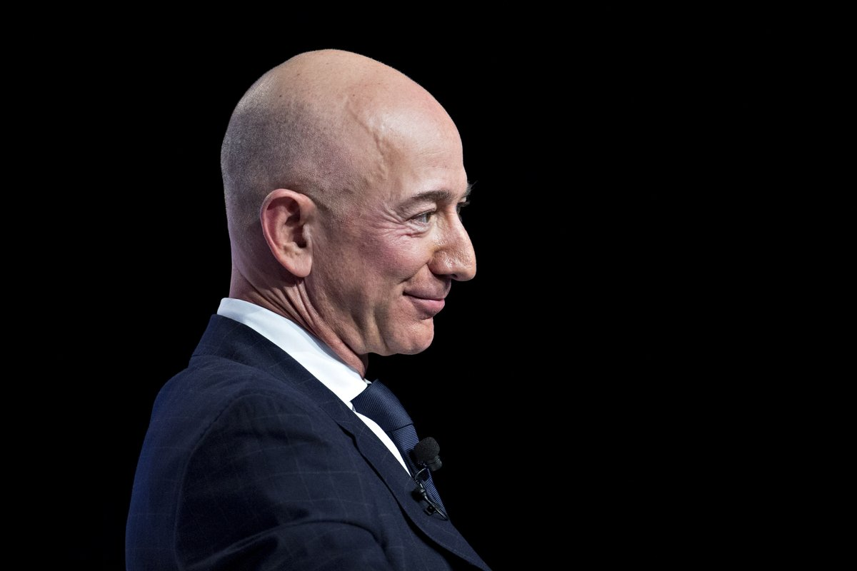 Jeff Bezos's net worth has smashed through its previous peak, even after he relinquished a quarter of his stake in Amazon as part of a divorce settlement last year.   Read more via @business: https://t.co/WUPGoH7m5E https://t.co/FLCT8pX0Zm