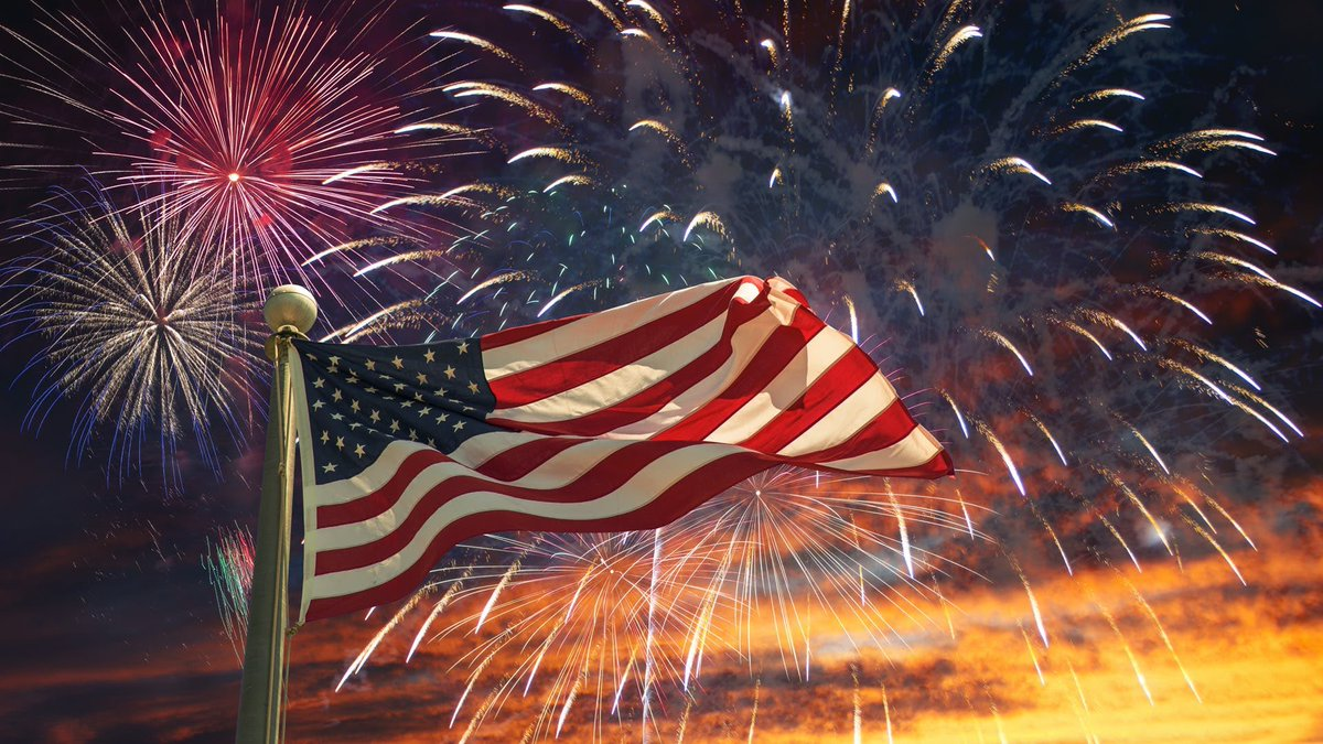 My favorite holiday after Christmas and Thanksgiving. Happy Independence Day. Celebrate safely and smart. pic.twitter.com/qoTjS5F55m