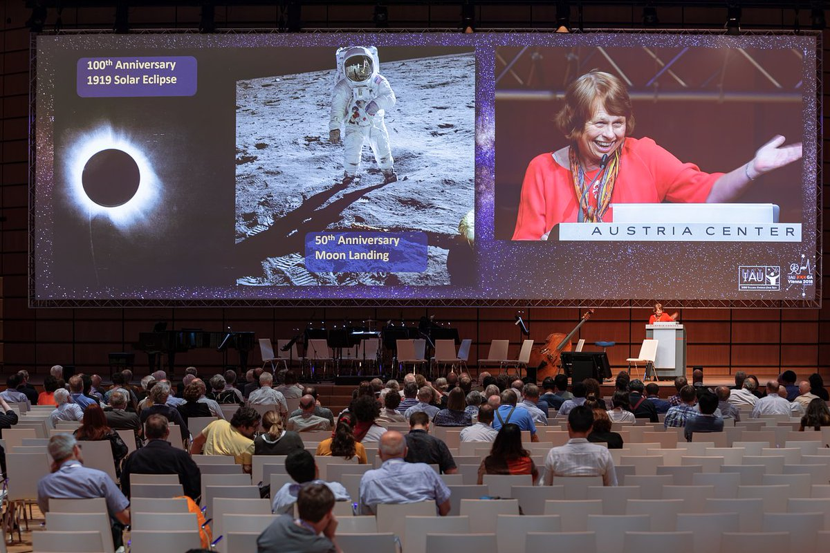 #IAUpublication The IAU celebrated its 100th year in 2019, and you can read more about the IAU in this time in The IAU 1919-2019 brochure. Read the brochure here: iau.org/static/publica… Image credit: IAU/M. Zamani